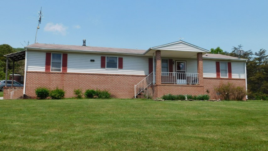 Home For Sale in Slanesville, WV