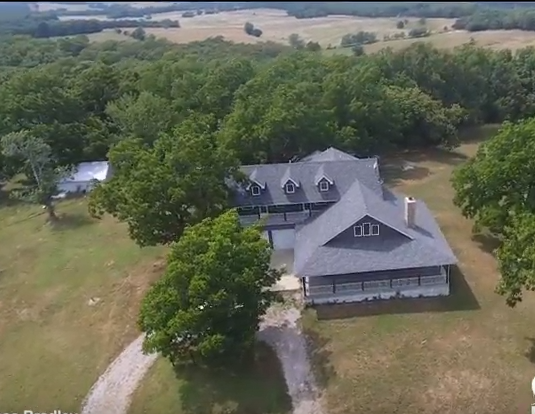 For Sale Southern MIssouri Farm with Custom Home on the Hill