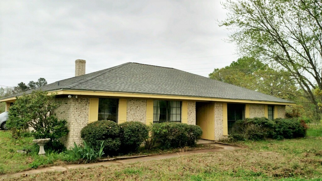 Brick Country Home on Acreage for Sale Red River County TX