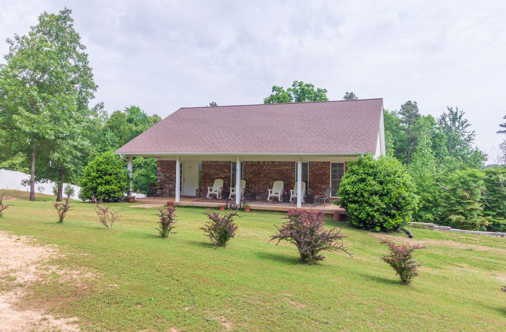Beautiful Brick with Basement near Finger, TN for Sale