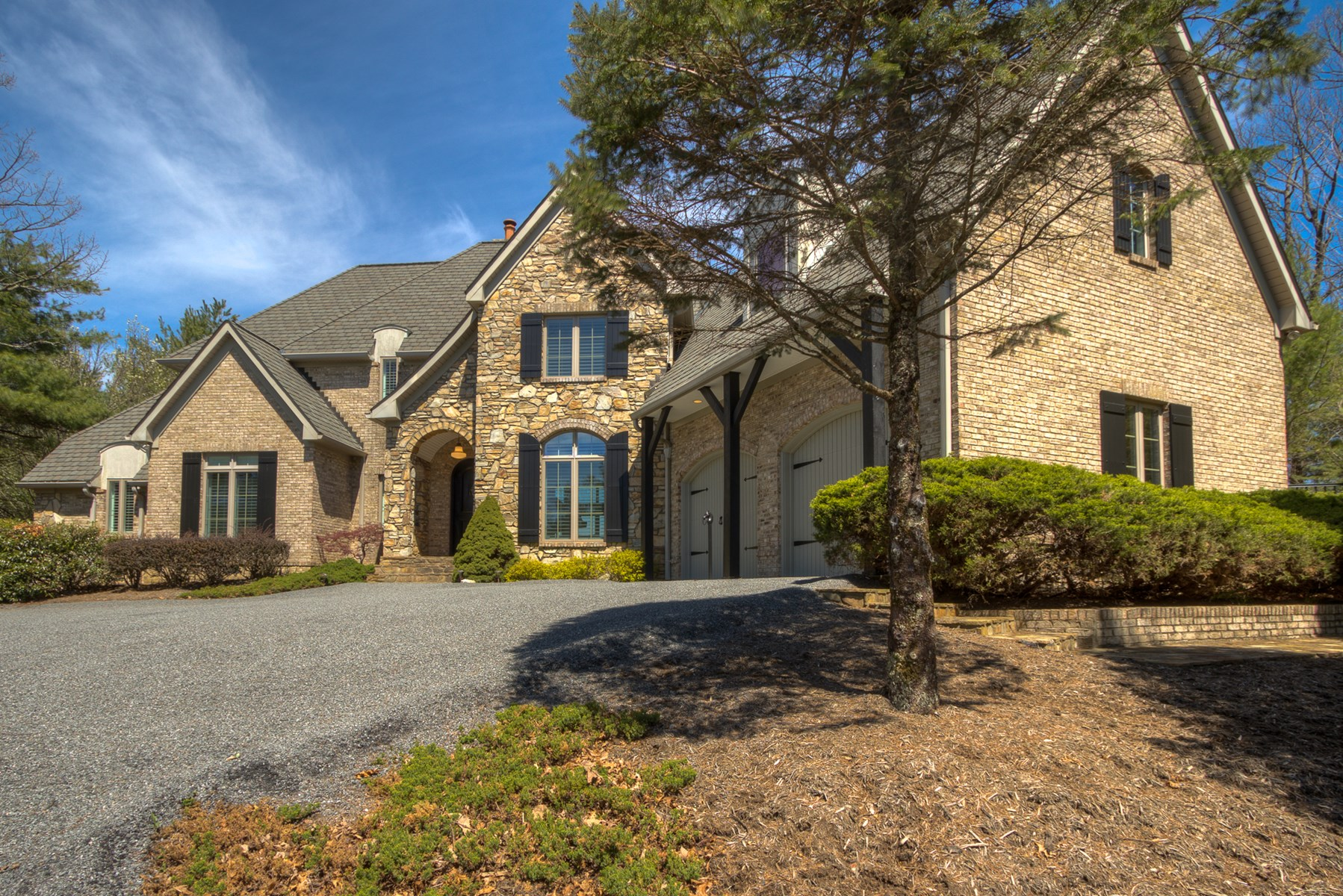 Exquisite Custom Home for Sale in the Blue Ridge Mountains
