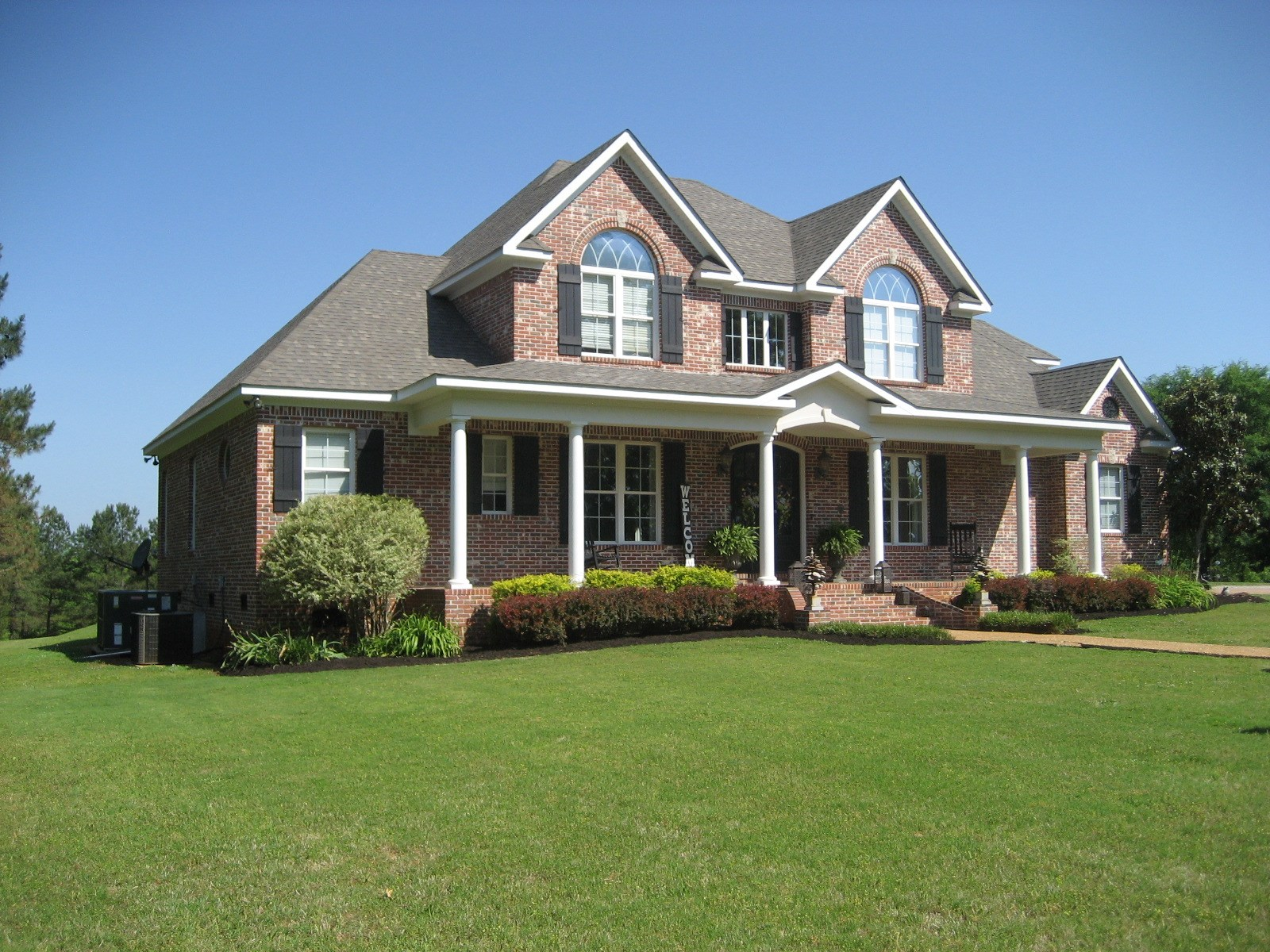 4 BEDROOM COUNTRY HOME FOR SALE IN SHILOH TN, POOL