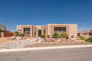 CUSTOM EXECUTIVE HOME IN LAUGHLIN RANCH, BULLHEAD CITY AZ