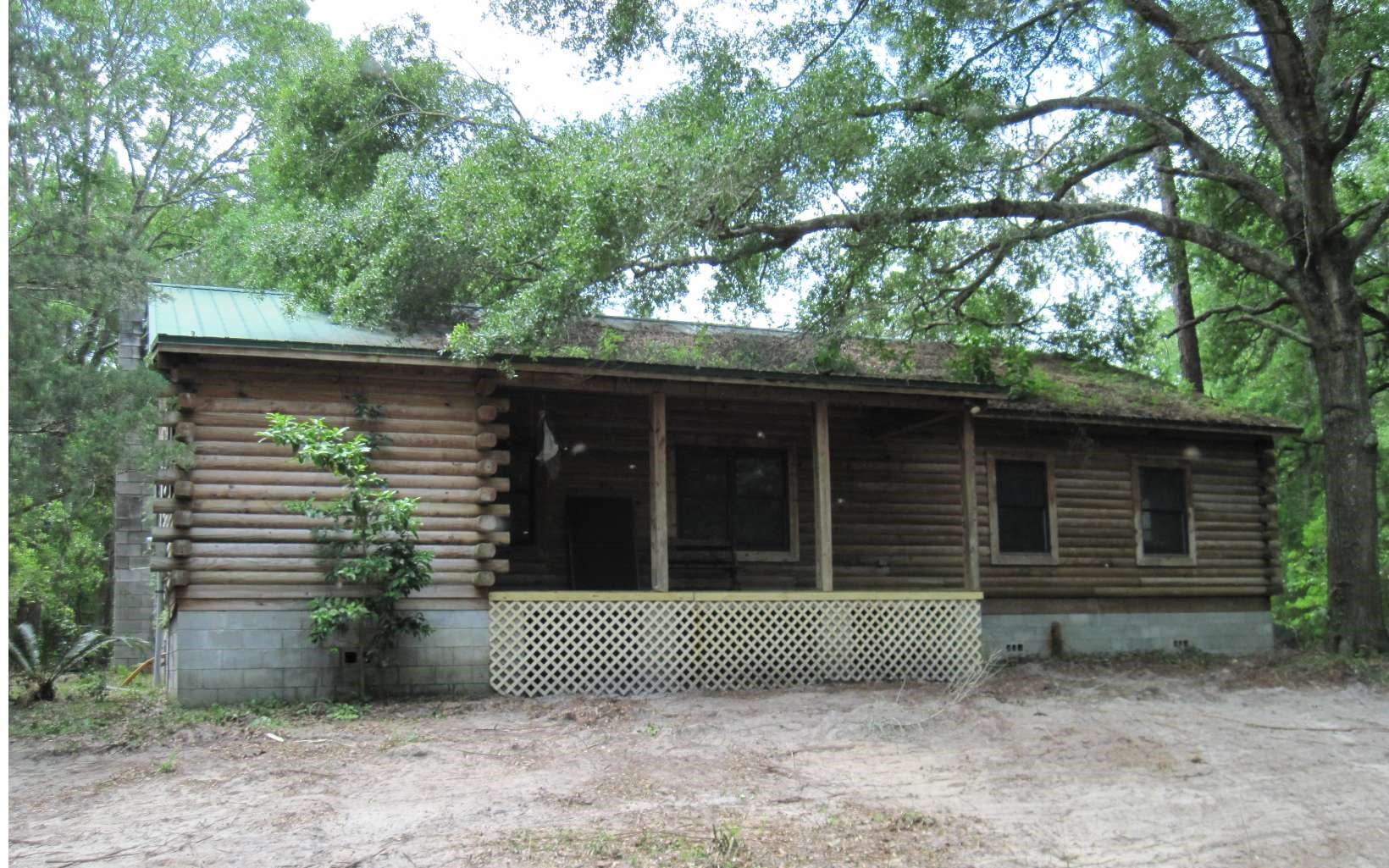Log Home on the Suwannee River For Sale!