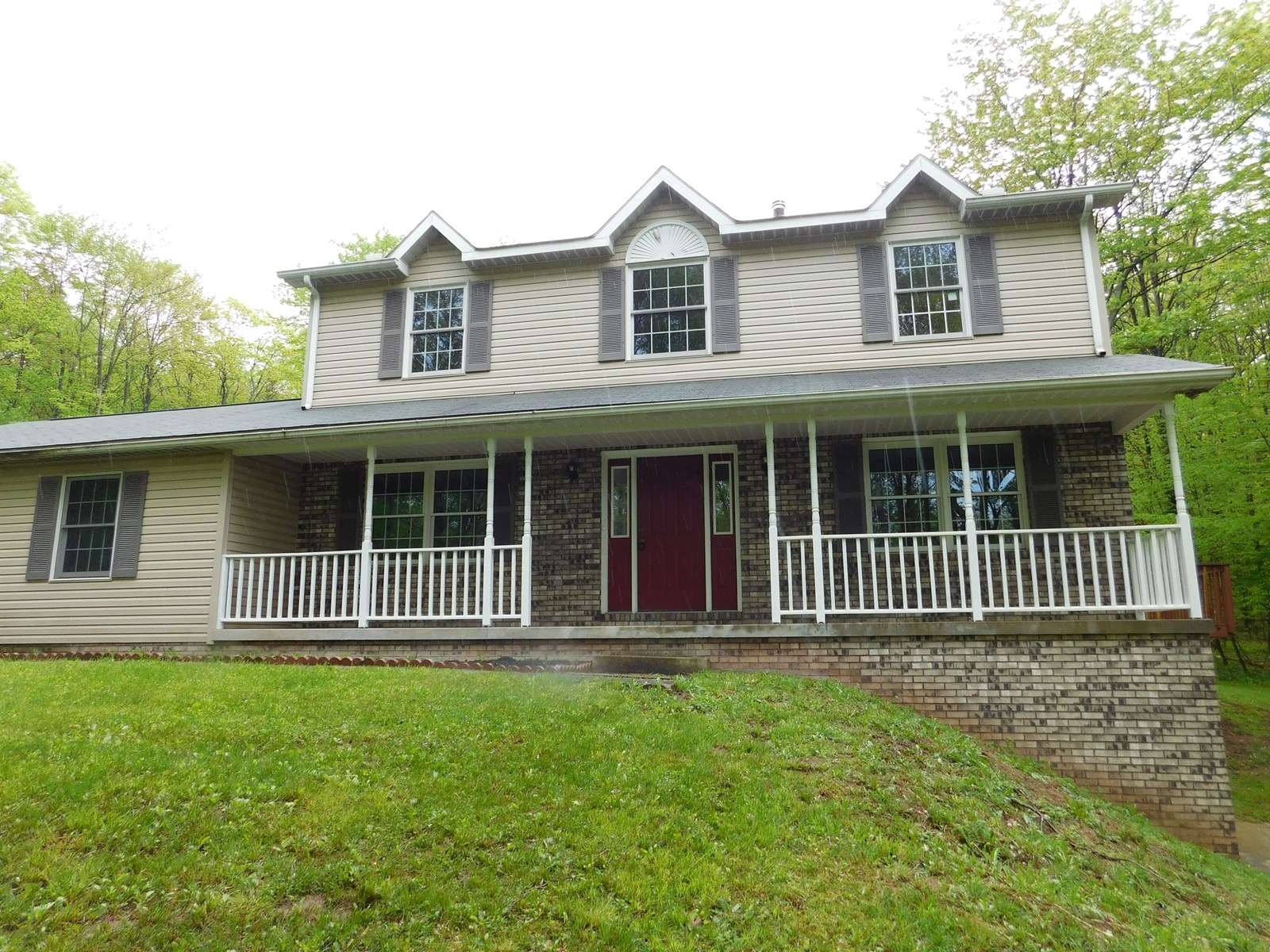 Lonaconing MD Single Family Home on 2 Acres