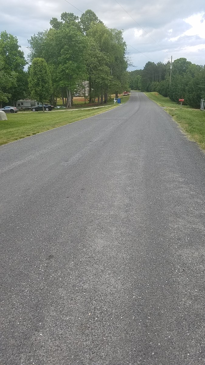 Level building lot in  Iredell  County NC ,    Near I-40