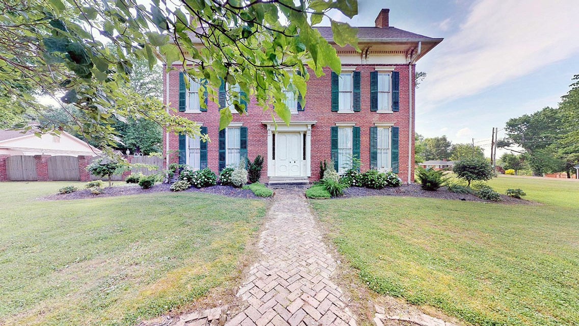 1849 Vintage Historic Antebellum Mansion For Sale in West TN