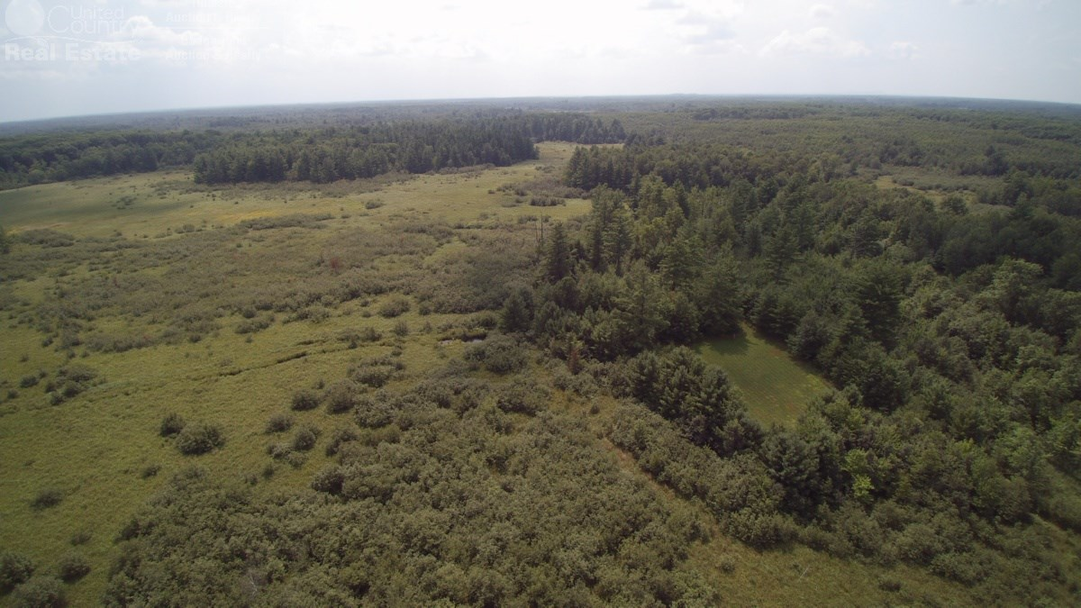 Affordable Turnkey Hunting Property in Clark County WI