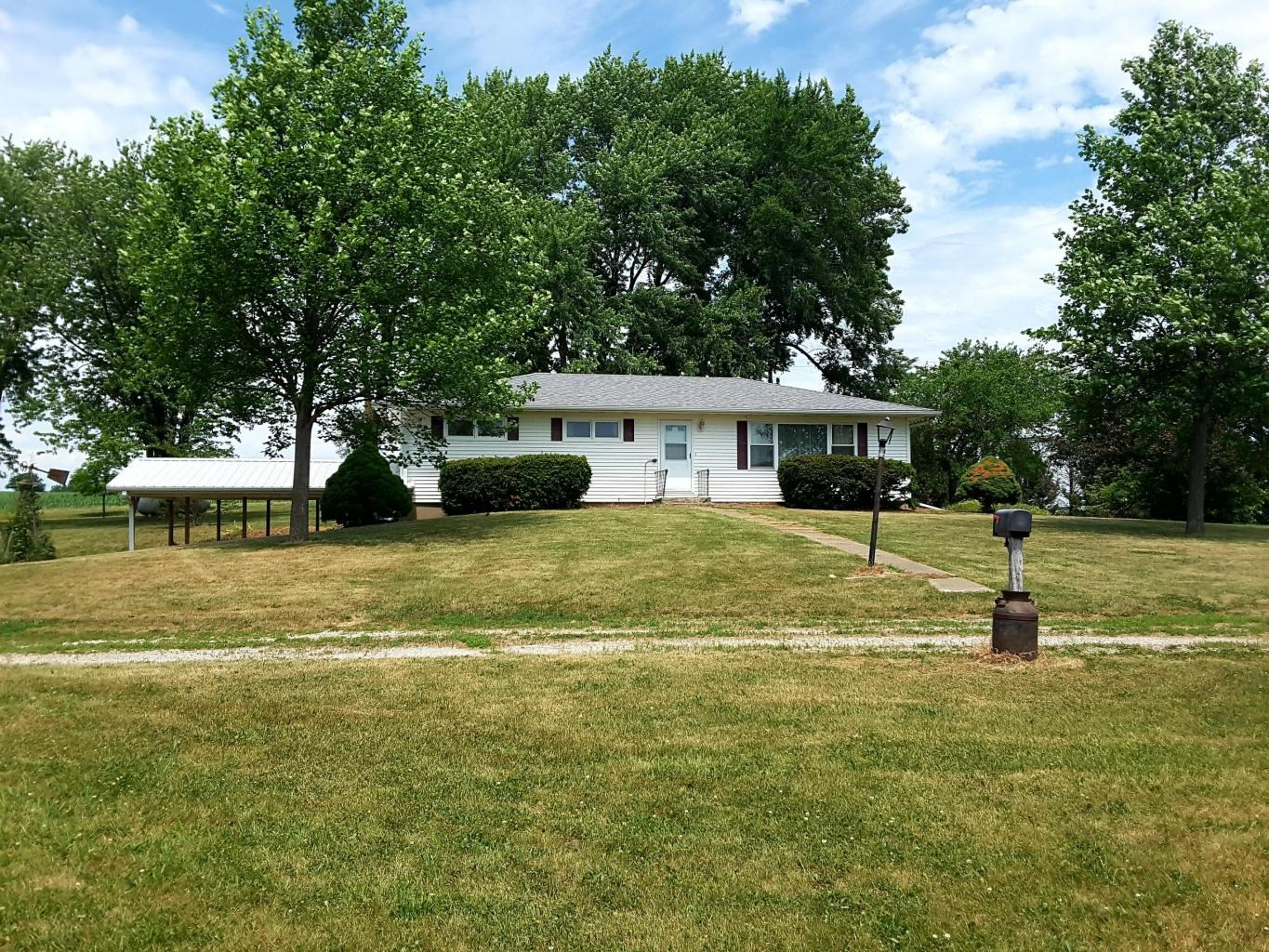 3 BEDROOM COUNTRY HOME IN NORTHWEST MISSOURI