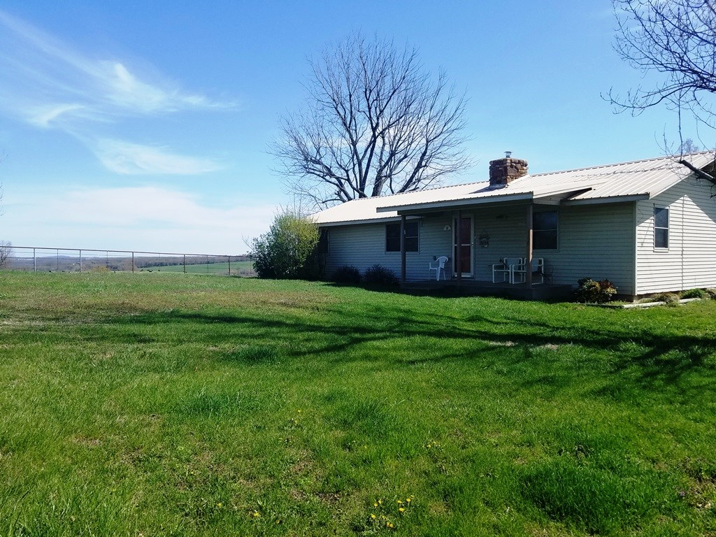 MADISON COUNTY CATTLE/HORSE FARM FOR SALE IN HUNTSVILLE, AR