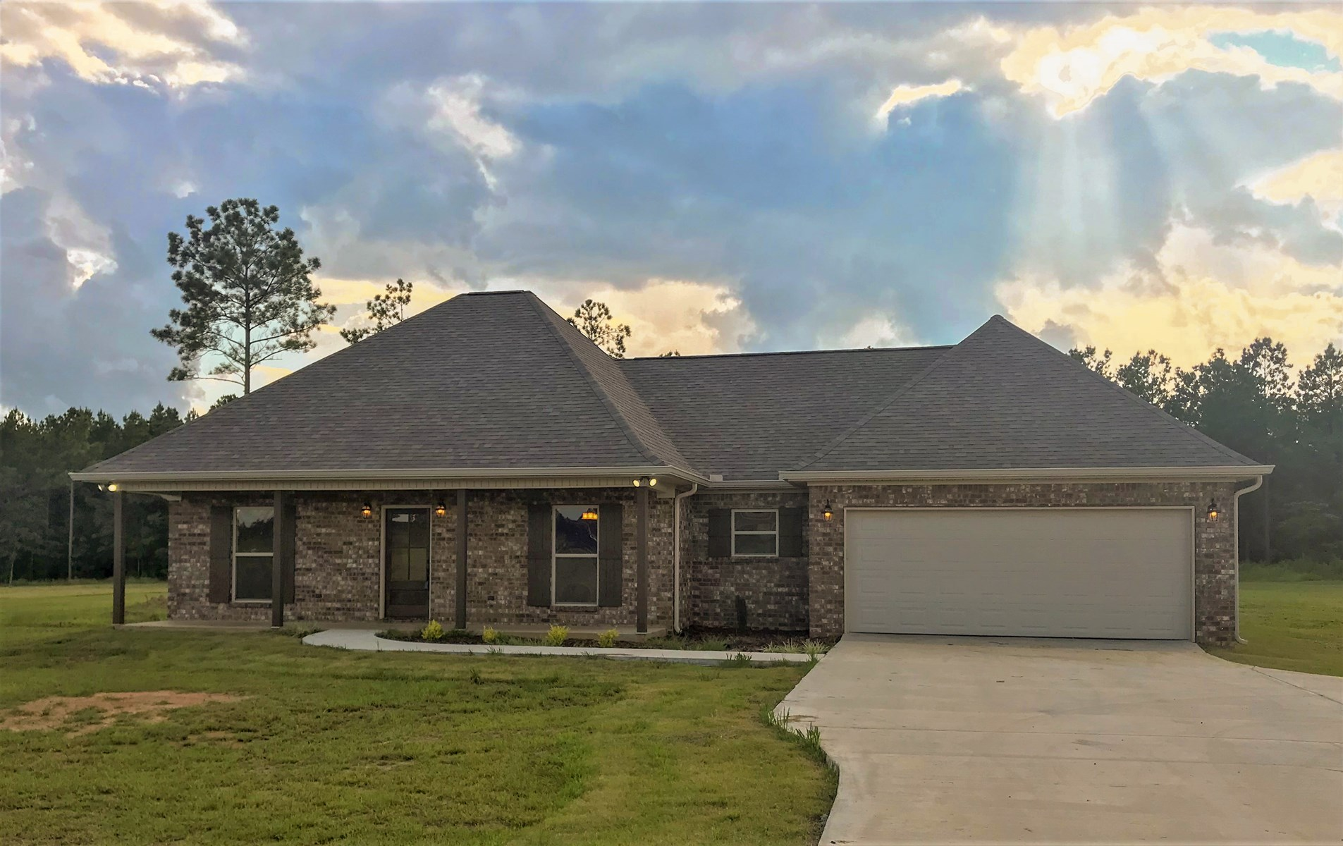 280 CARLY LN, STARKVILLE, MS 39759: NEW CONSTRUCTION