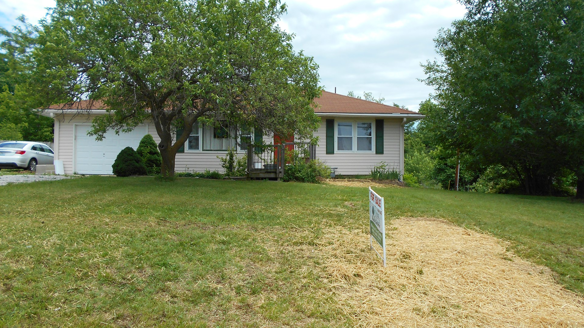 home for sale in boone county mo fenced yard 3bed 2bath rh glasgowmissourirealty com
