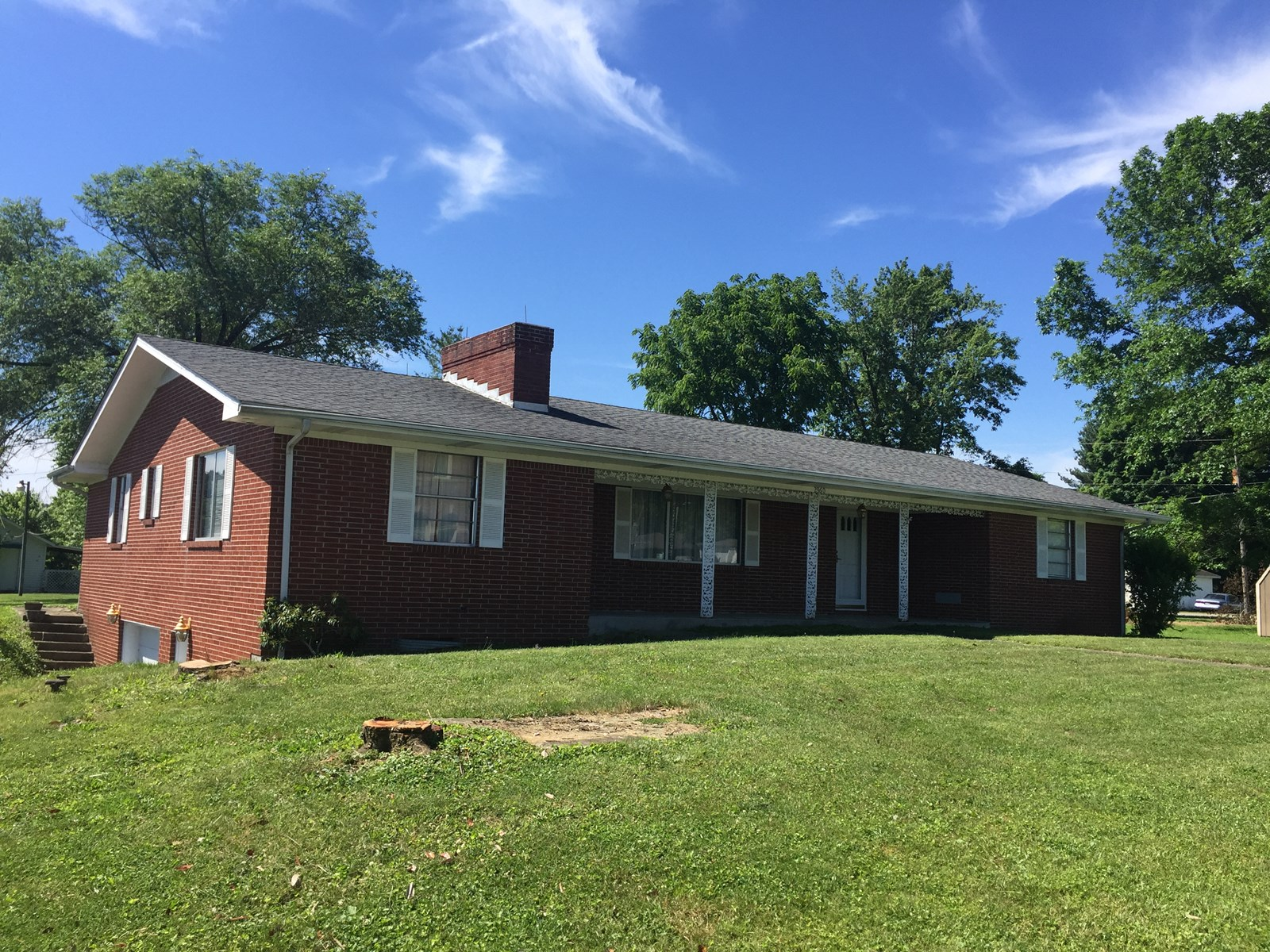 BRING US AN OFFER-LARGE BRICK HOME W/ BASEMENT-CASEY CO KY.