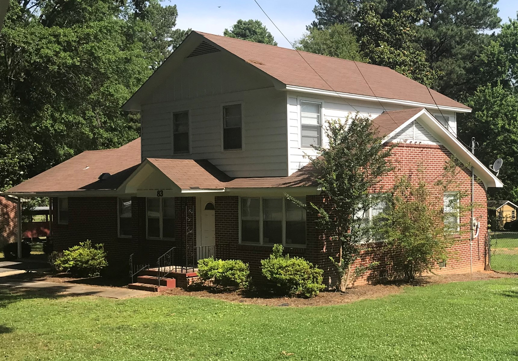 Beautiful 4 Br 2 Ba home for sale in central Jackson Tn