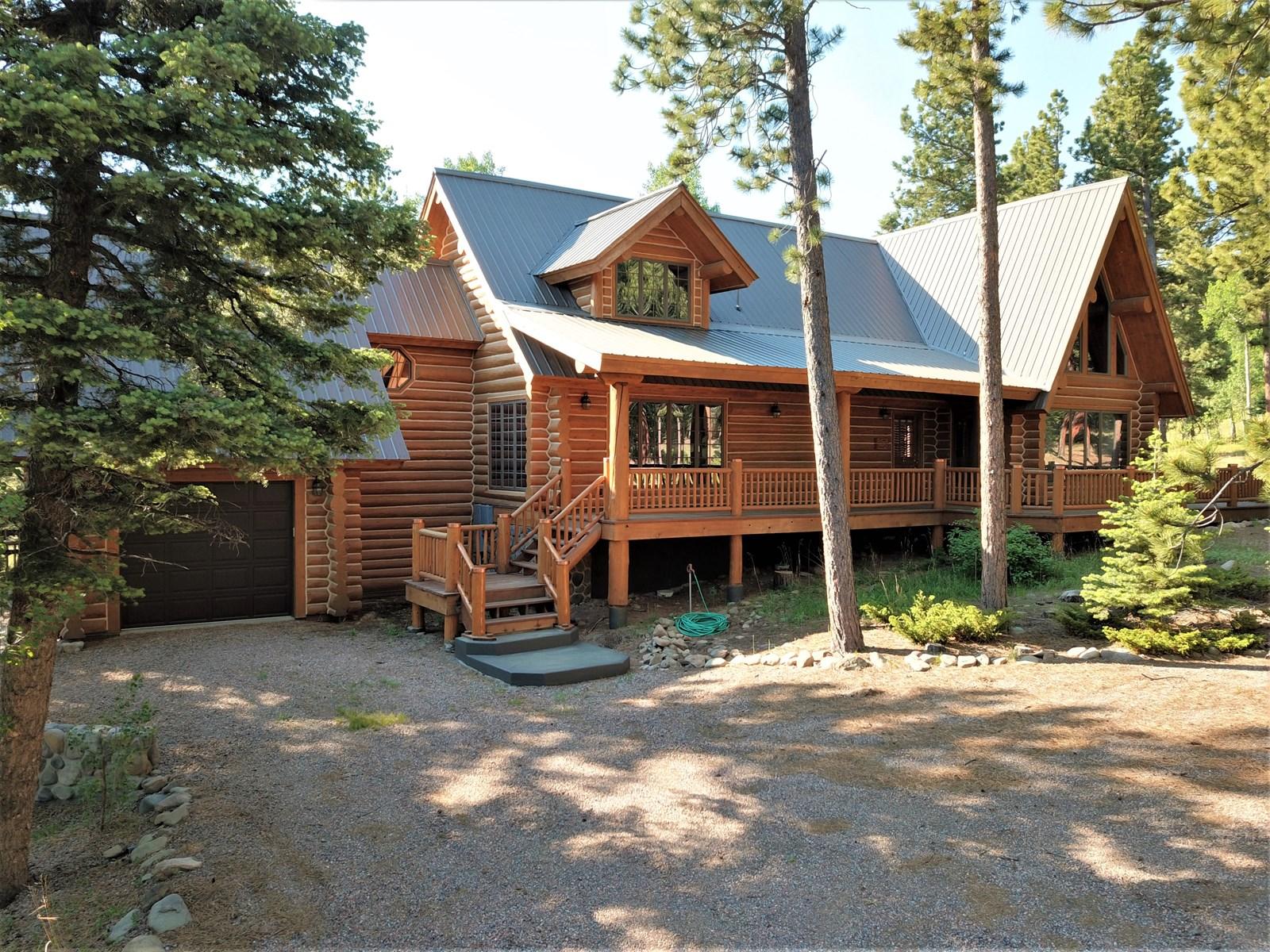 Perfect Mountain Home Getaway in Westcliffe, Colorado