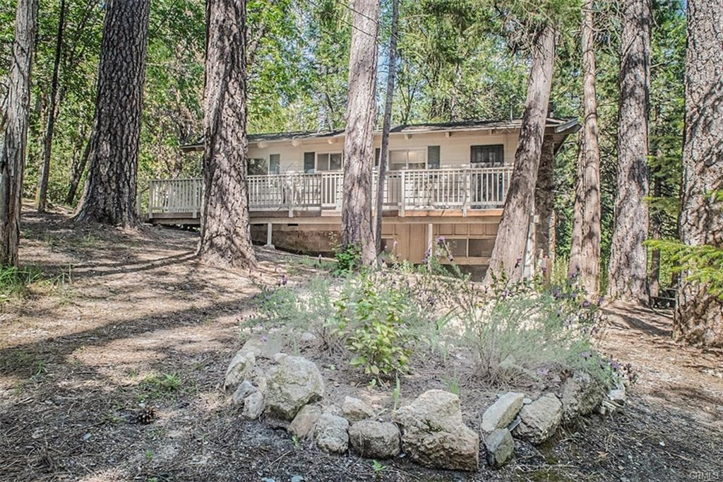 Mountain Retreat For Sale Above Lake Oroville Private Set Up
