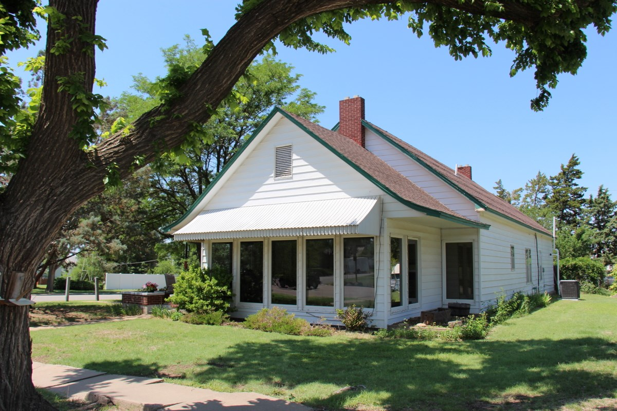 Coldwater Kansas Historic Country Home For Sale