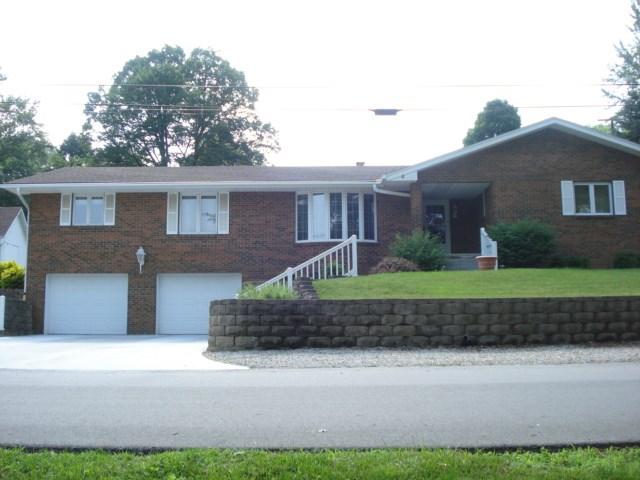 Ranch, Brick, One owner home, Logan, IA, Harrison County