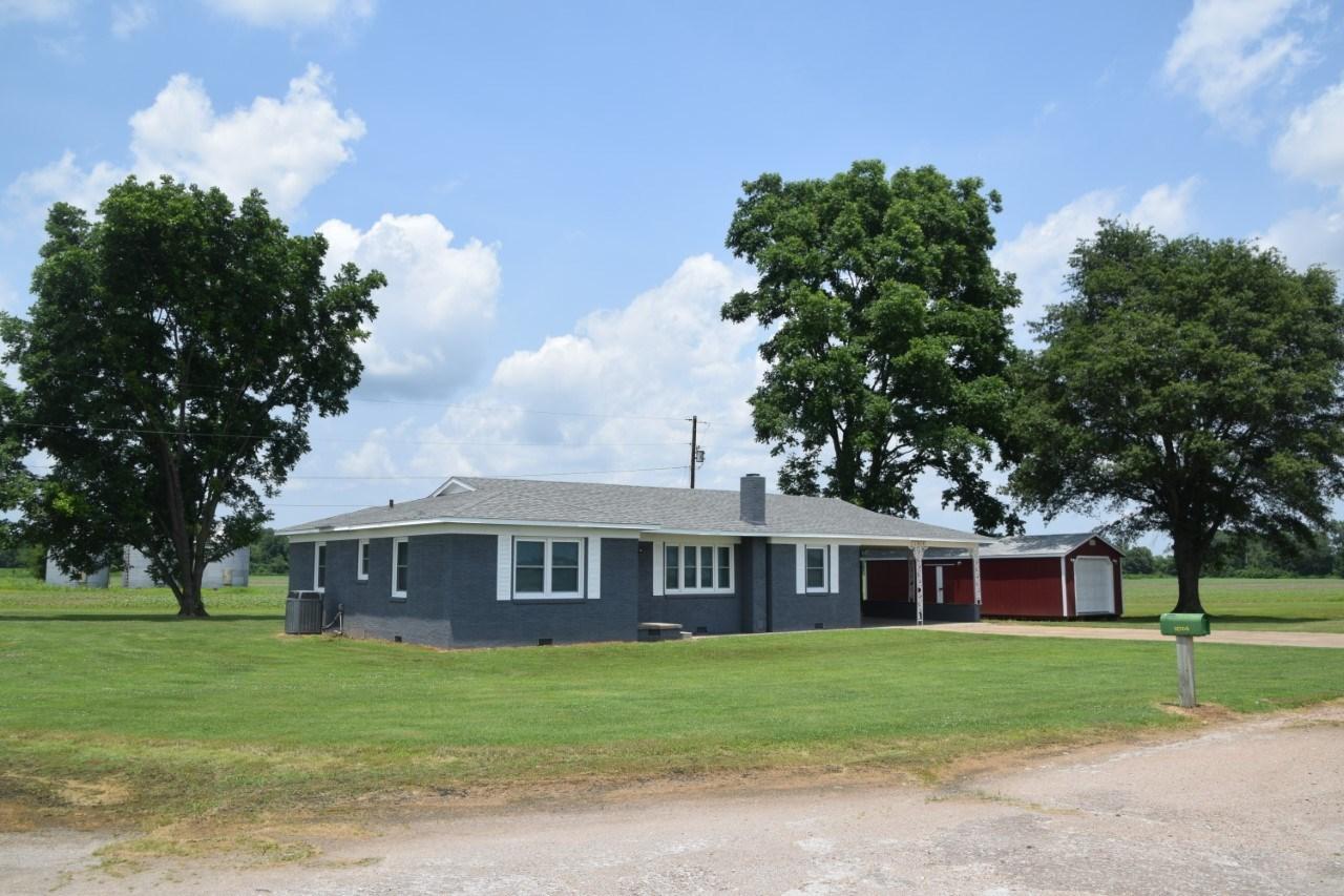 Lauderdale County, TN, Halls, Remodeled Starter Home