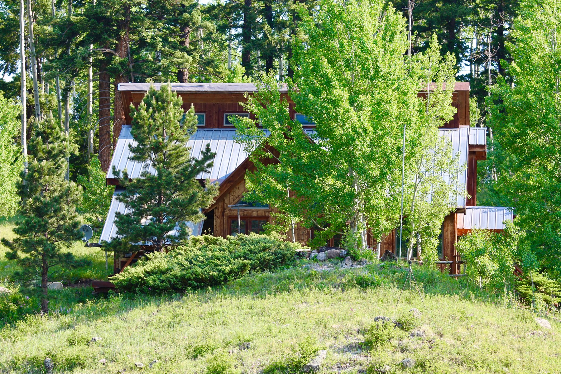 Seasonal mountain home for sale in western Colorado