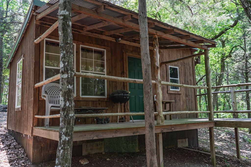 Off The Grid - Cabin on 5 Acres m/l