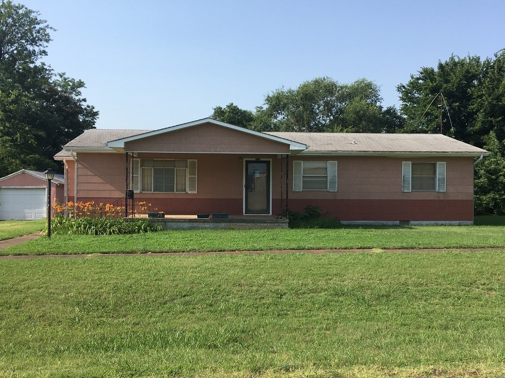 Great Starter Home For Sale in Perry, Oklahoma