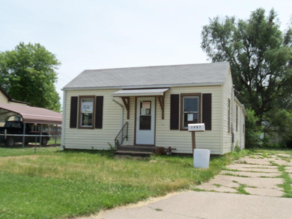 Bank Owned Fixer Upper 2 Bed 1 Ba Council Bluffs Ia full bas