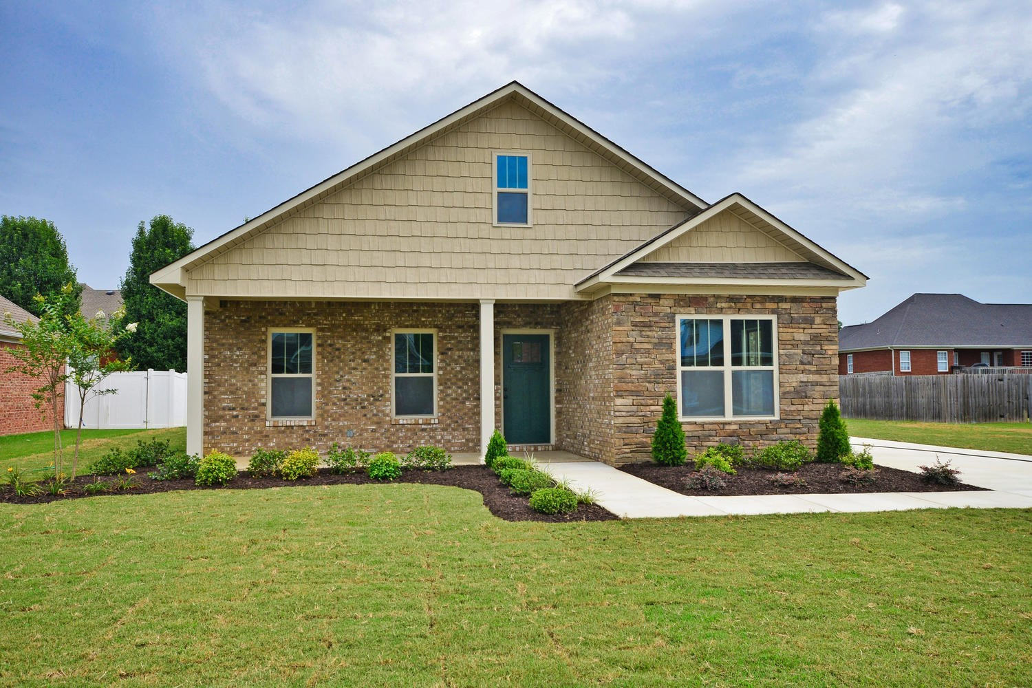 New 3 Bedroom Home For Sale in Hartselle Alabama