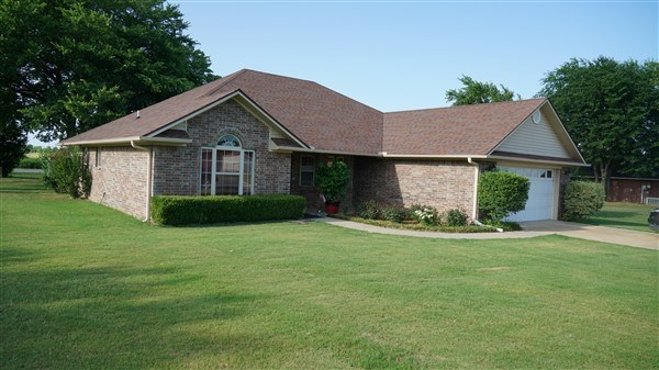 Custom-built home 108 Dora Lane Poteau Ok