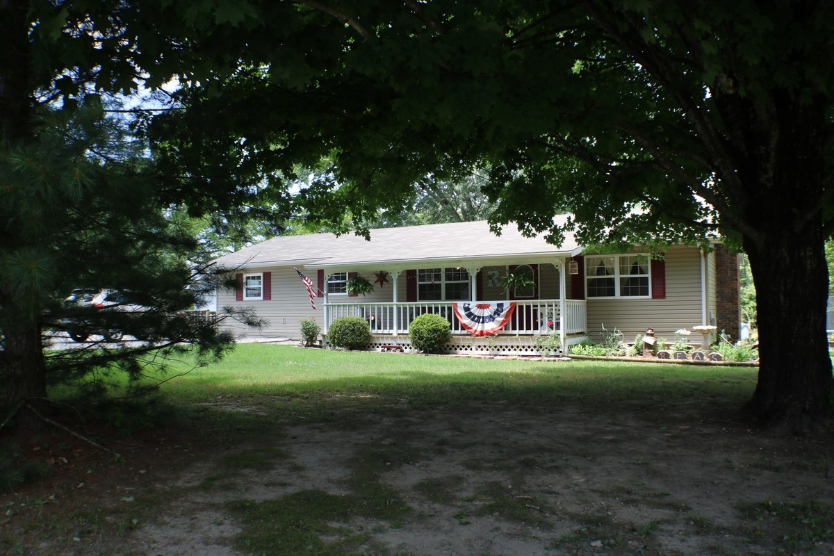 Home for sale in Ava View heights, Ava Mo.