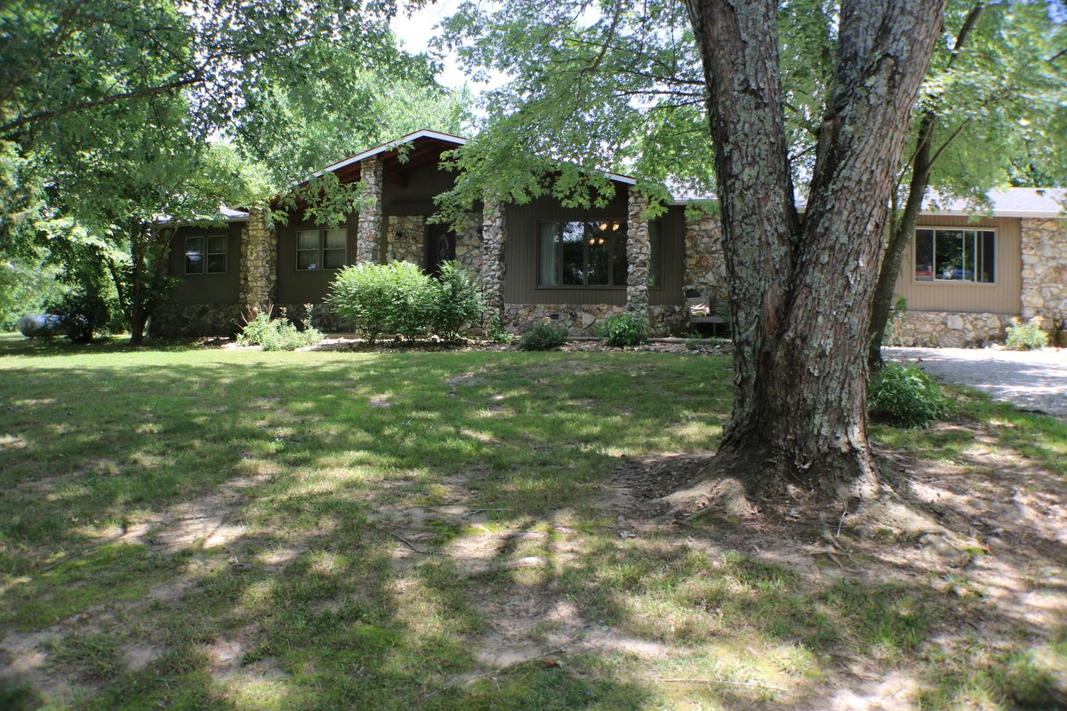 House for sale, Ava Mo- Small acreage for sale
