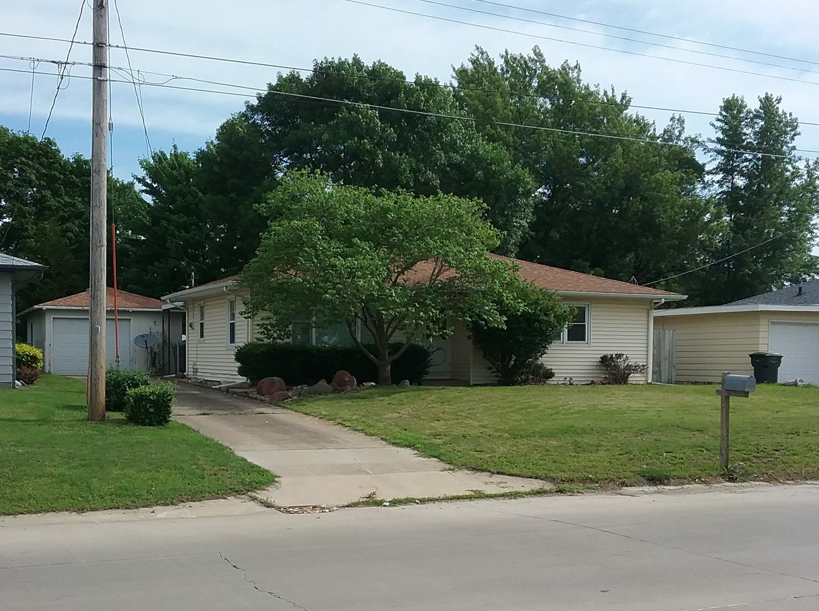 2 Bedroom Home for Sale in Keokuk, IA