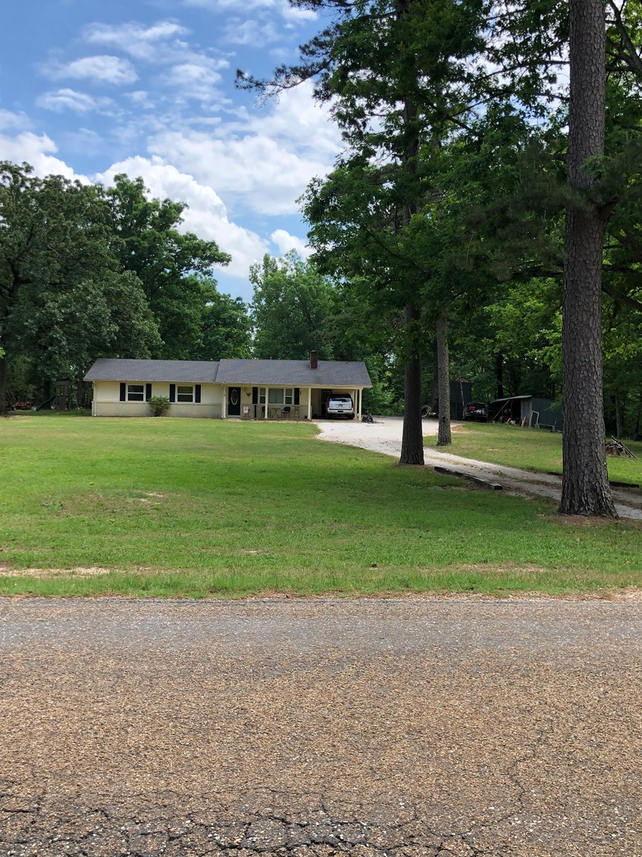 Country Home with acreage in Arkadelphia, Arkansas