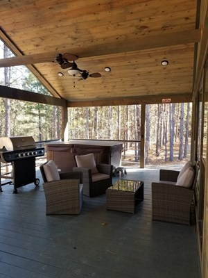 LUXURY VACATION CABIN FOR SALE IN BROKEN BOW, OK