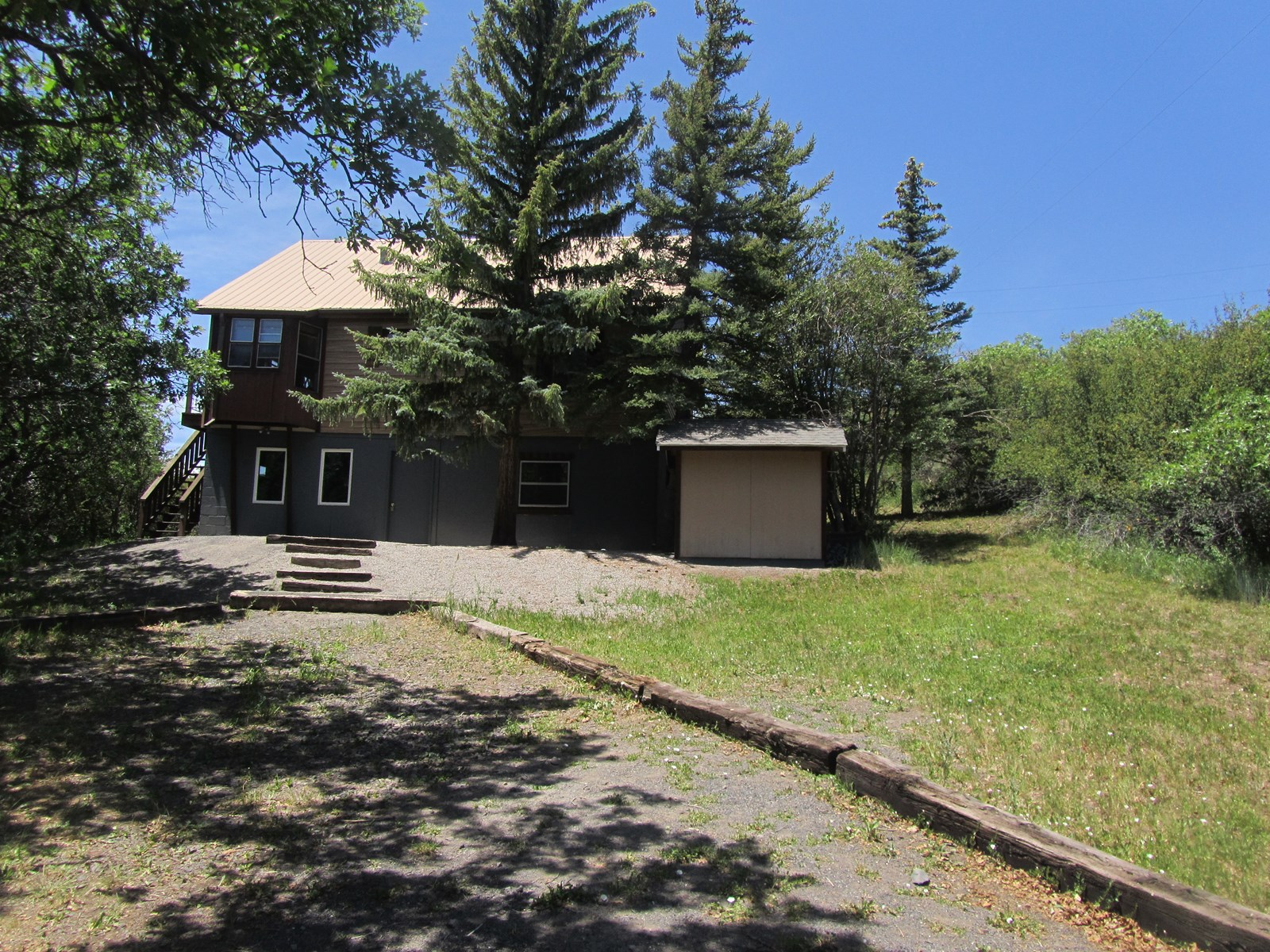 Cabin Property Near Lake For Sale in Colorado