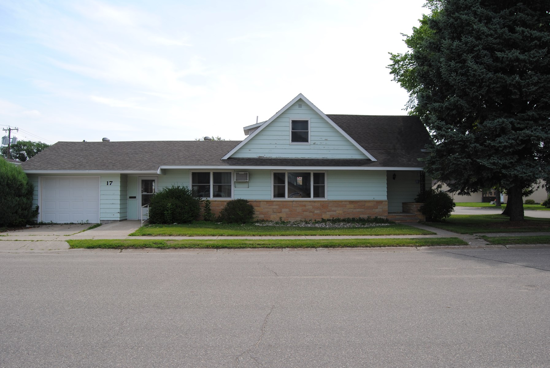 Home in Town For Sale  Wheaton, MN
