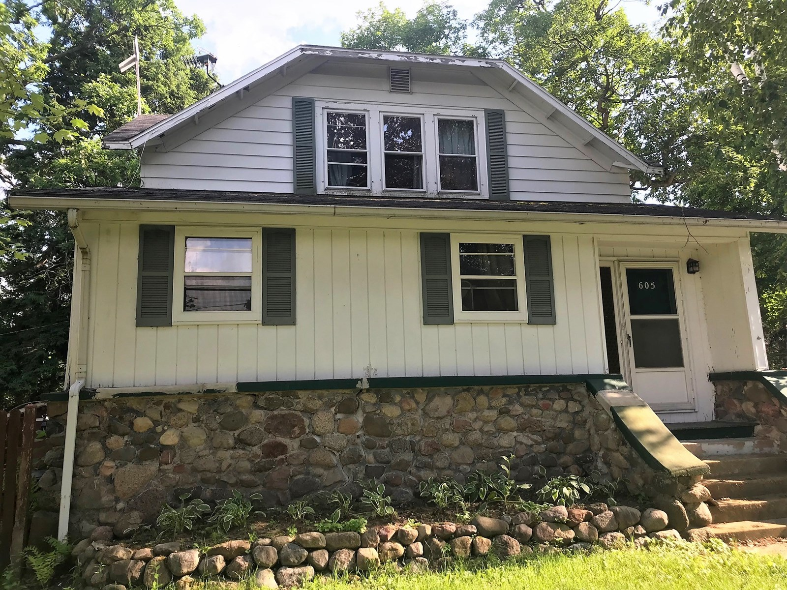 Home in Town for sale Waupaca, WI