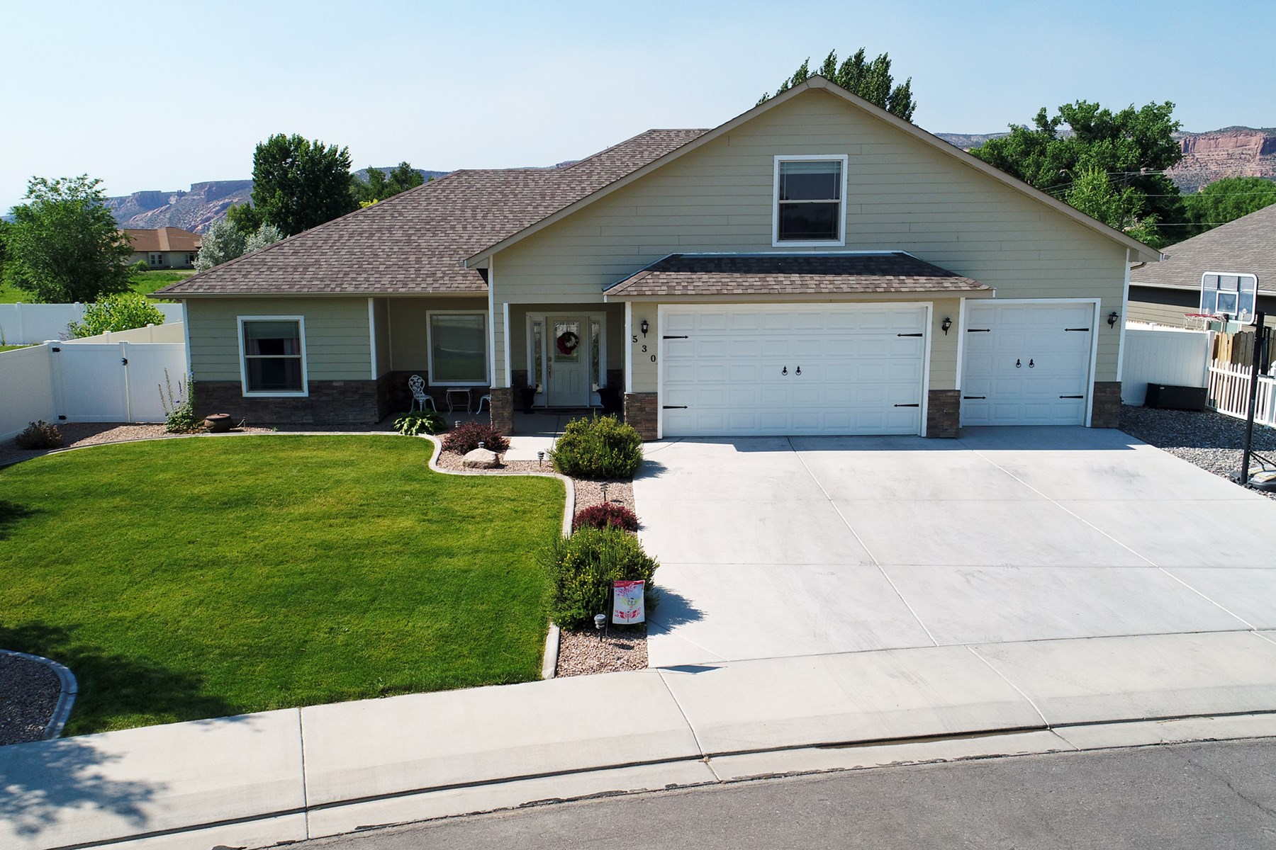 Home Near National Monument in Fruita For Sale
