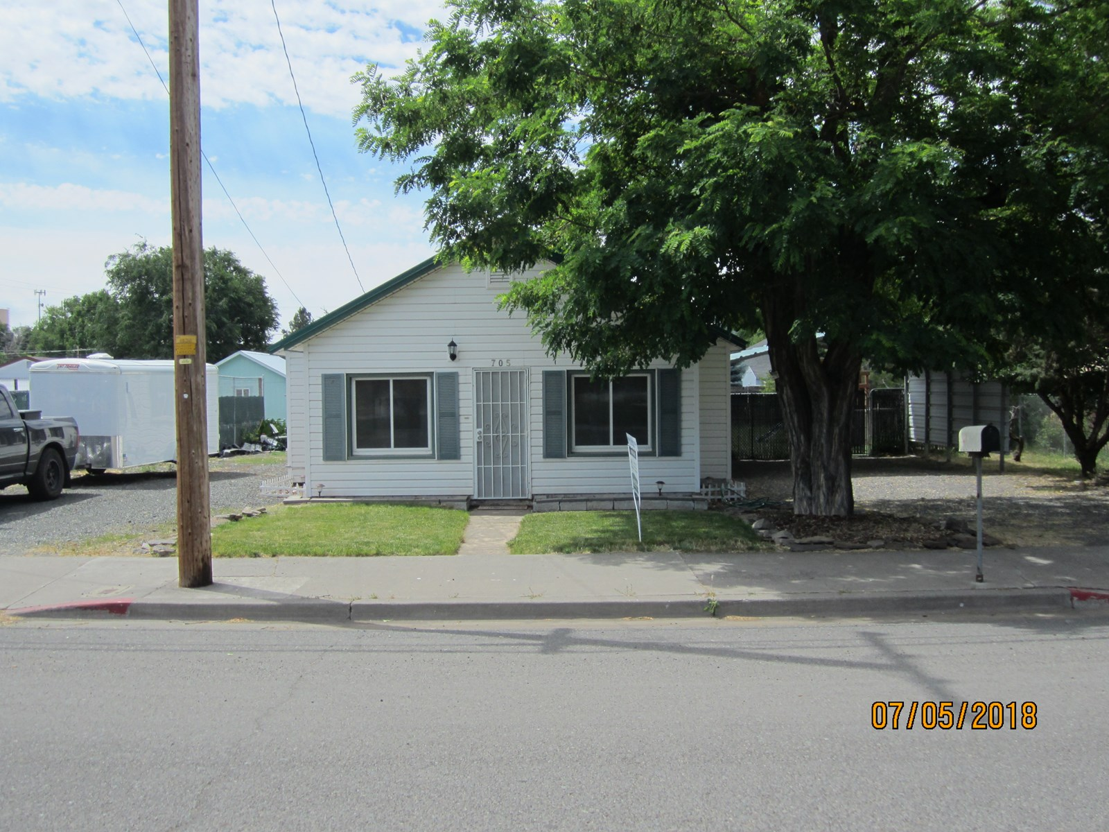 3 bed/1 bath 1096 sq. ft home in town of Alturas, Ca.