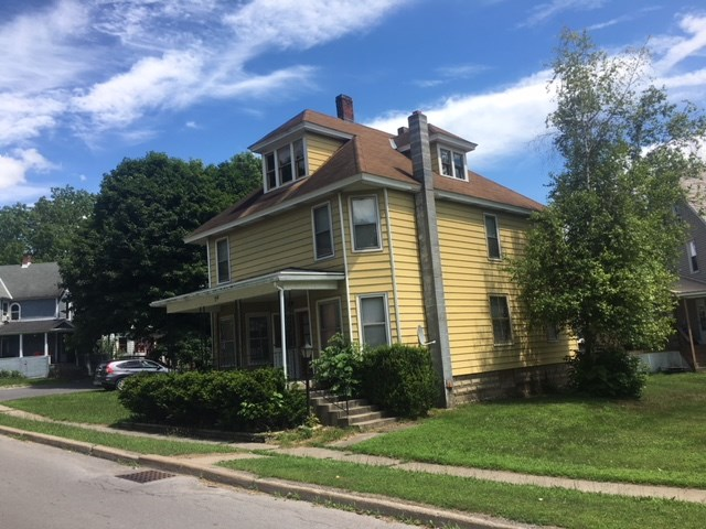 Five Bedroom Home in Small Town