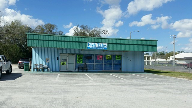 GREAT BUSINESS LOCATION - MAIN STREET TRENTON FLORIDA