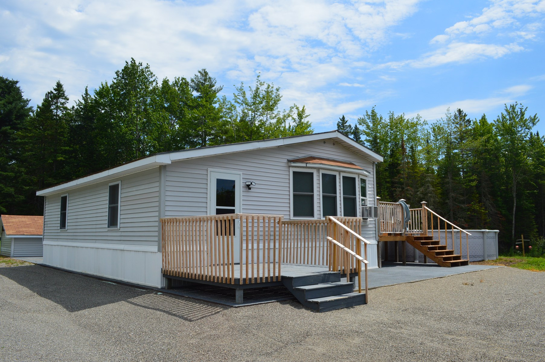 Country Mobile Home For Sale in Milford, Maine