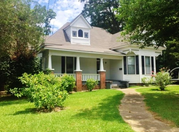 Victorian Home/ Office Building for Sale in Town, McComb MS
