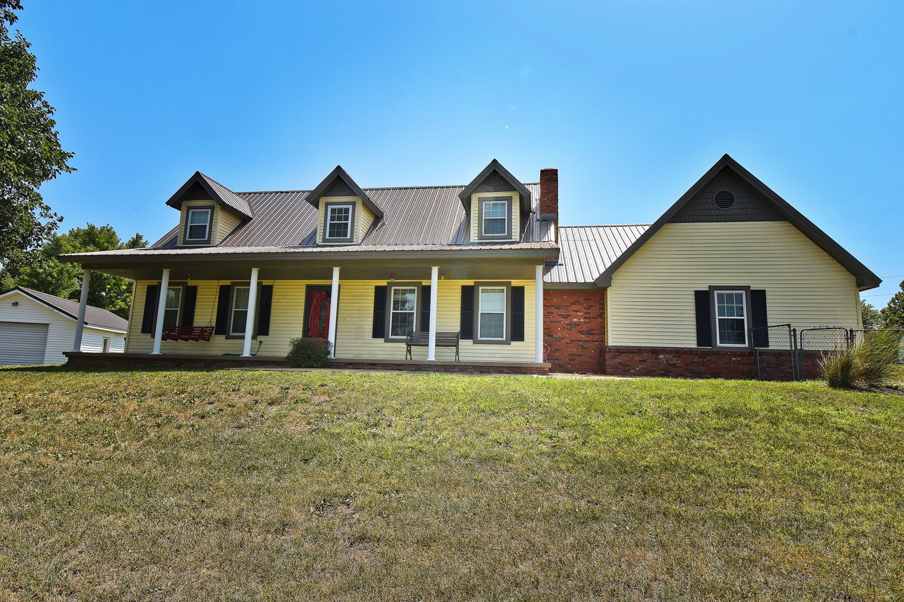 4 bedroom home between Claremore & Pryor Oklahoma