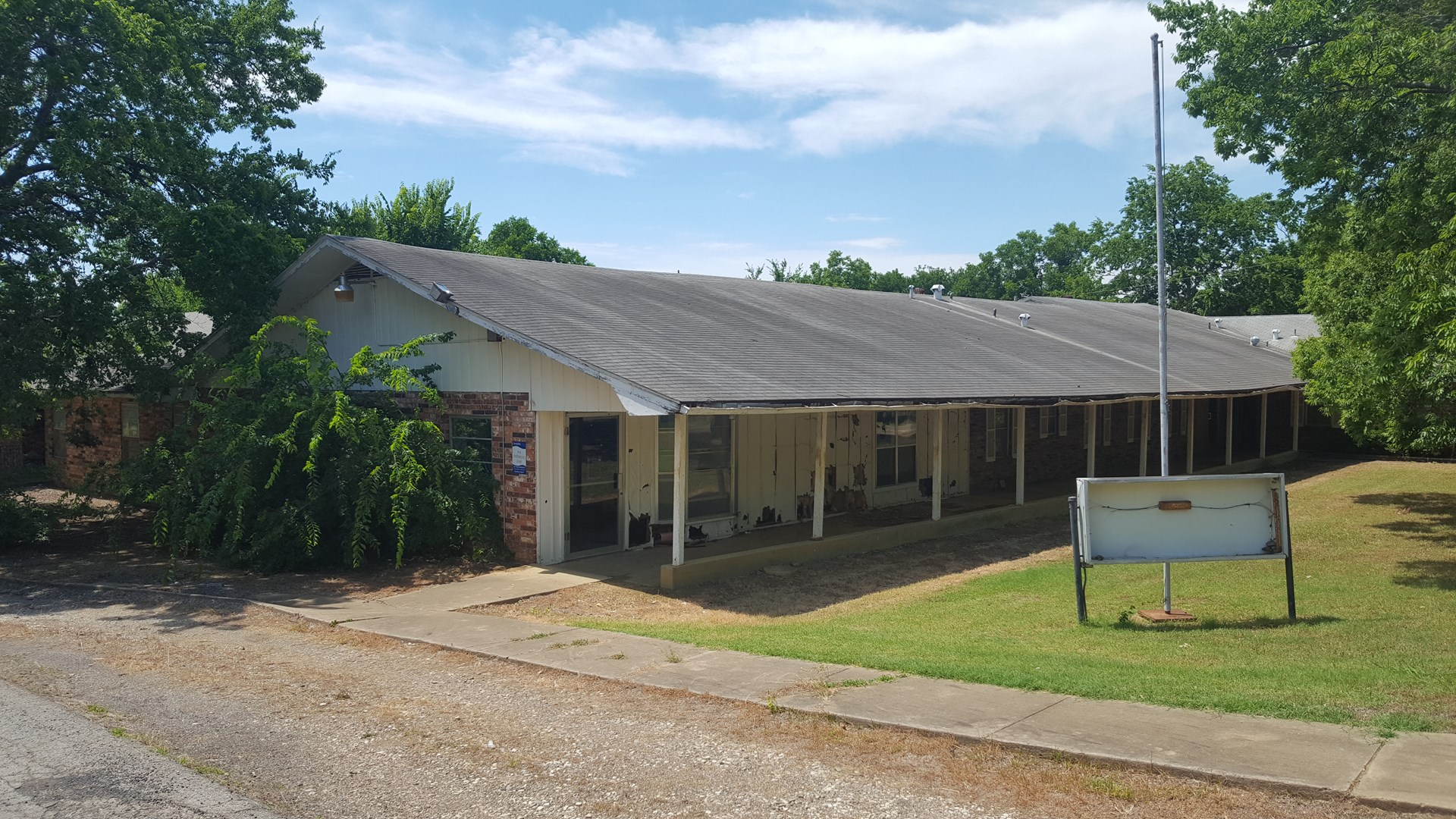 Lot 5 Large Building for Sale| Commercial Property Hugo, OK