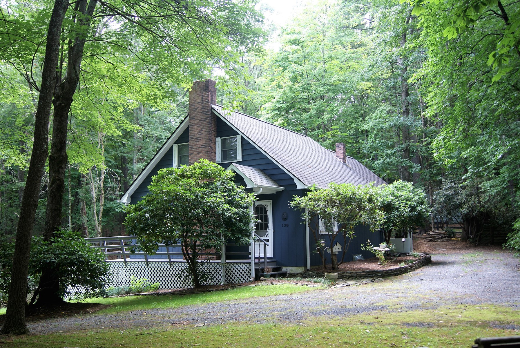 Adorable Move-In Ready Mountain Home in Roaring Gap NC