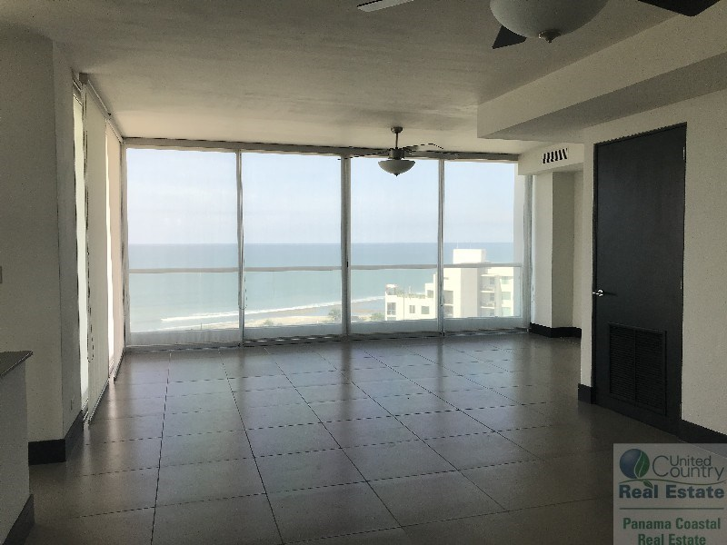 Rio Mar, condo for sale in Panama Beach area