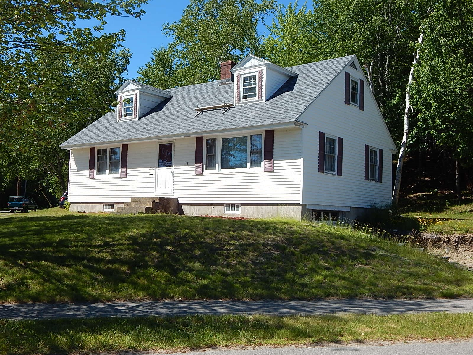 In-Town Home For Sale In Millinocket Maine