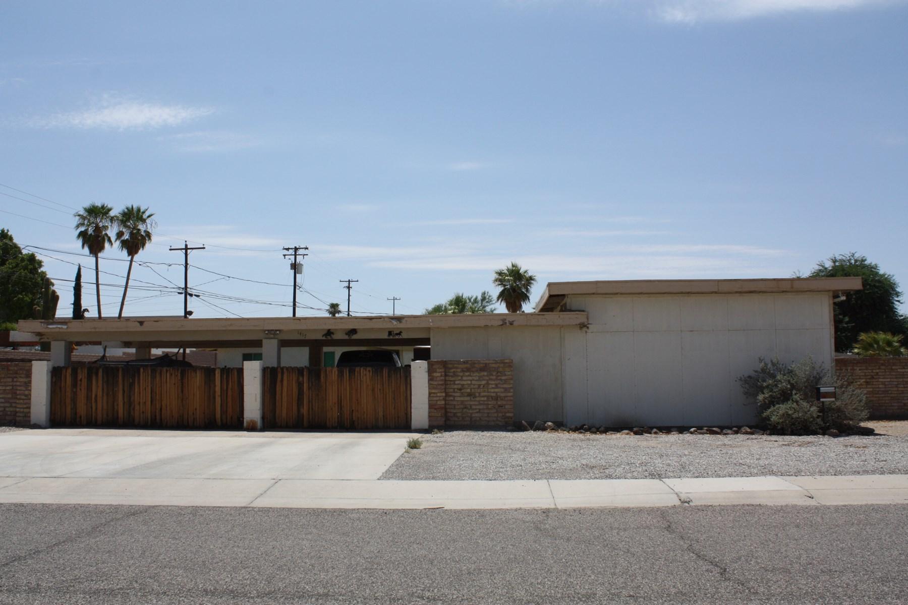 3 Bedroom Home with garage and carport Parker, AZ