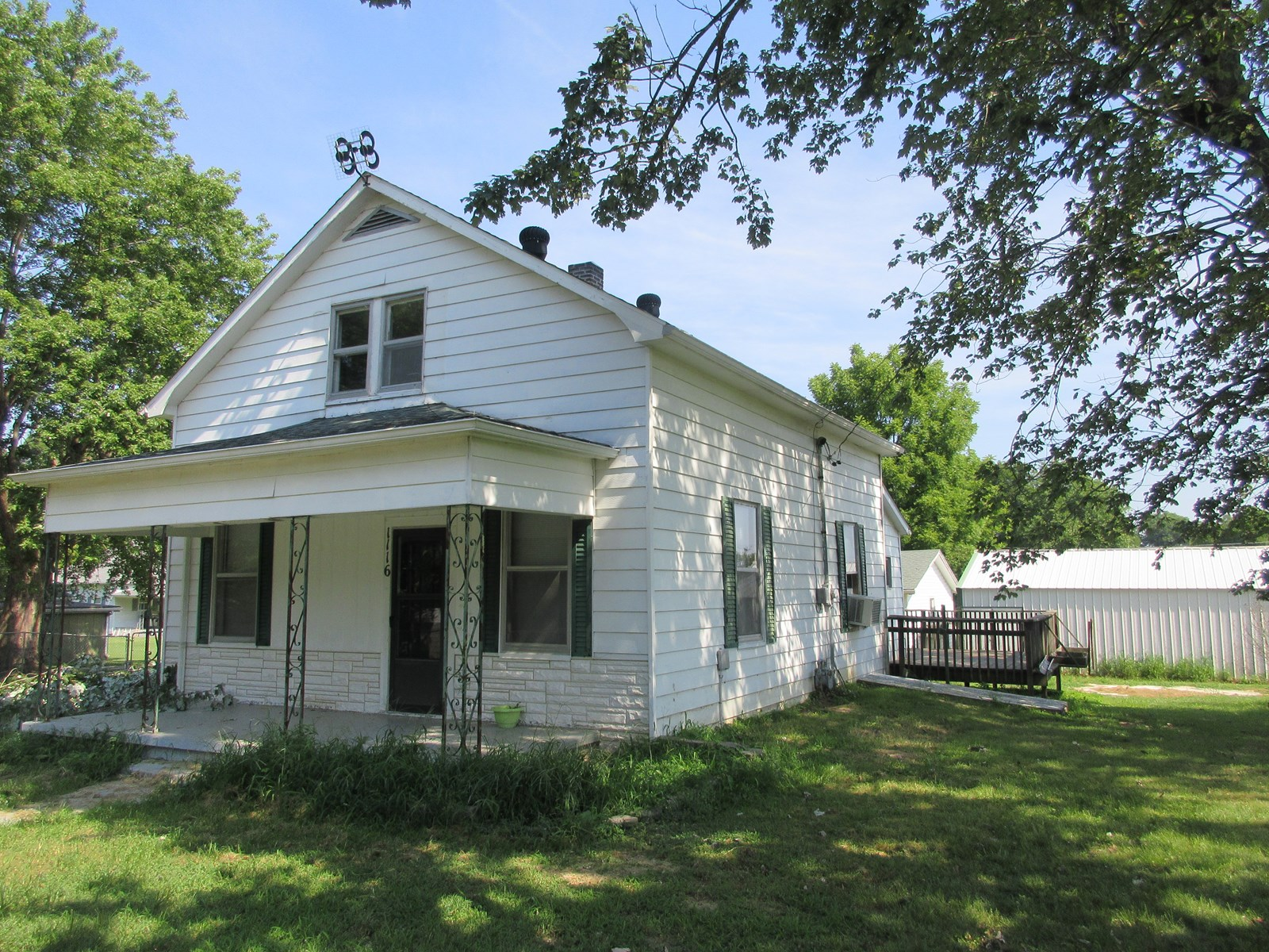 Bungalow Home for Sale in Scott City, Missouri